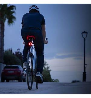 Feu arrière LED pour vélo InnovaGoods - Rouge
